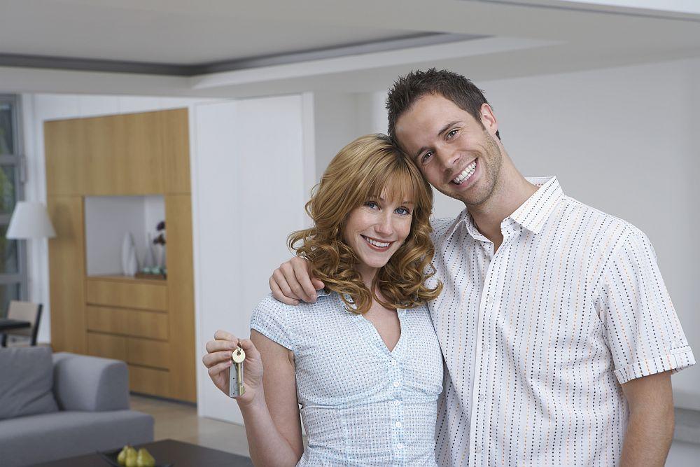 Paar im neuen Zuhause