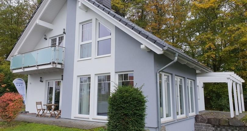 Einladung zur Grundstücksbörse am 17. Oktober im Musterhaus Bad Vilbel