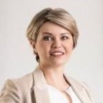 Dr. Alia Schaab